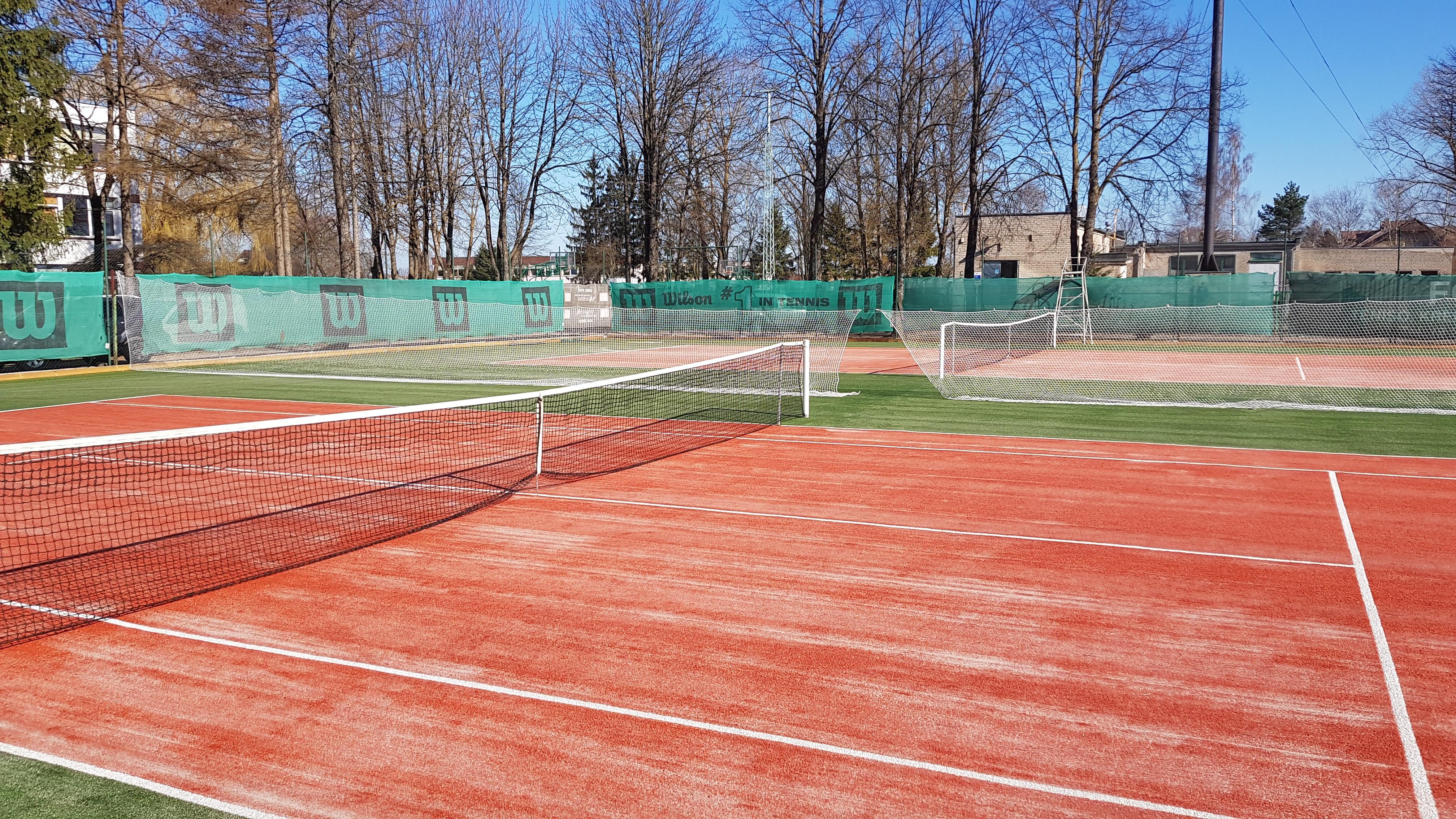 Atidaromi teniso kortai