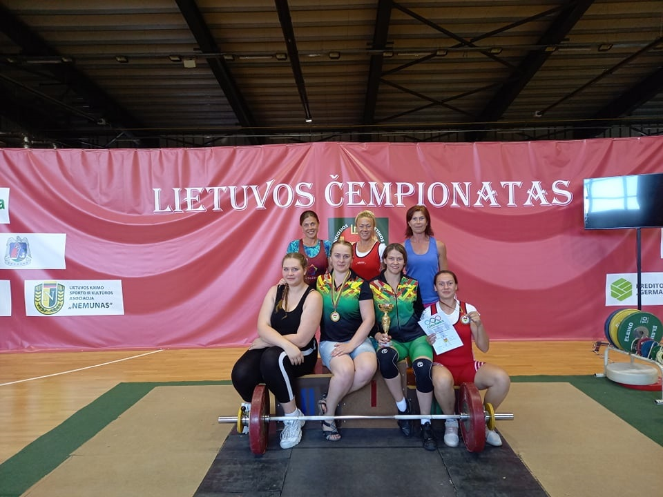 Gargždų sunkiaatletėms – Lietuvos čempionato medaliai
