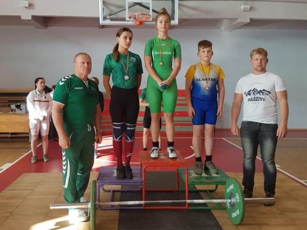 Gargždų sunkiaatletė – Lietuvos jaunių čempionato nugalėtoja