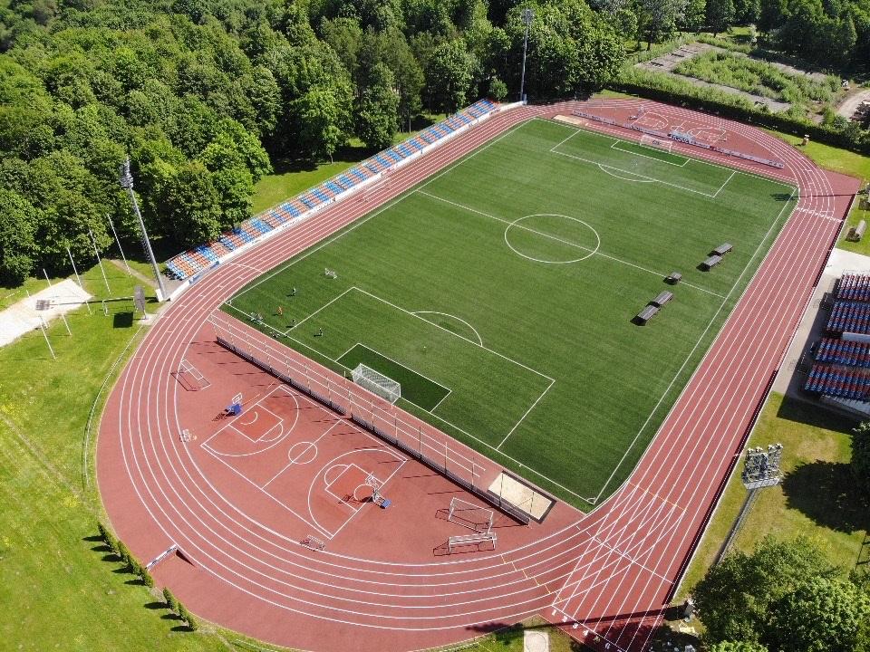 Atnaujinta centrinio stadiono danga